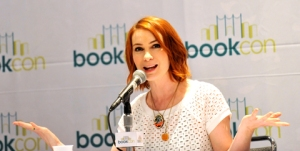 Felicia-Day-BookCon-2015-photo-by-Kendall-Whitehouse-480x240