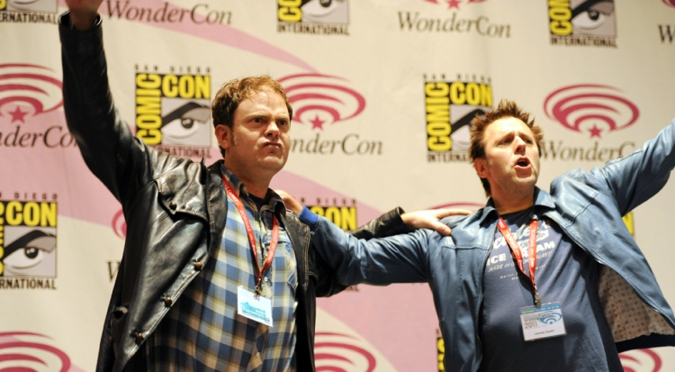 Rainn-Wilson-and-James-Gunn-00-WonderCon-2011-photo-by-Kendall-Whitehouse-1020x562