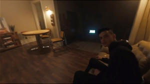 Mr-Robot-VR-Elliots-apartment-480x270