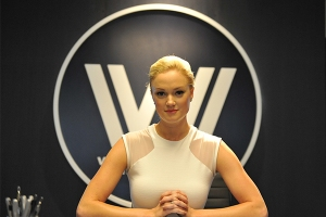 westworld-host-nycc-2016-photo-by-kendall-whitehouse-600x400