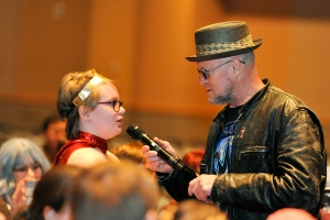 Michael-Rooker-WizardWorldPHL-2017-photo-by-Kendall-Whitehouse-600x400