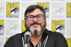 Paul-Dini-SDCC-2017-photo-by-Kendall-Whitehouse-600x400