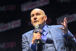 Grant-Morrison-NYCC-2017-photo-by-Kendall-Whitehouse-600x400