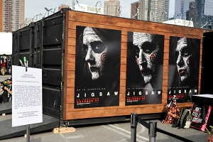 Jigsaw-Escape-Room-NYCC-2017-photo-by-Kendall-Whitehouse-600x400.jpg