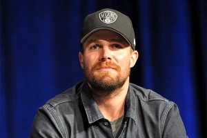 Stephen-Amell-WWPhillyCC-2018-photo-by-Kendall-Whitehouse-600x400.jpg