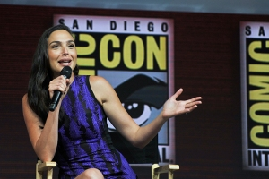 Gal-Gadot-SDCC-2018-photo-by-Kendall-Whitehouse-750x500