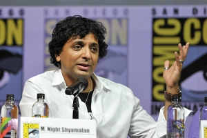 M-Night-Shyamalan-SDCC-2018-photo-by-Kendall-Whitehouse-750x500